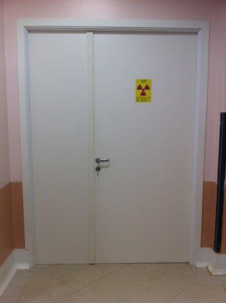 Porta radiológica blindada com chumbo