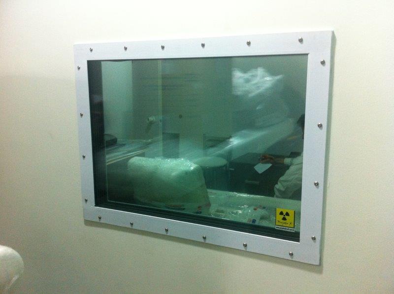 Visor plumbífero para radiologia